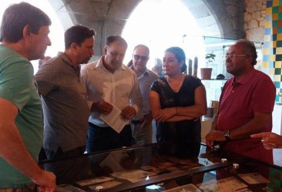 """Exposição """"Do Grão à Chávena"""" decorre até 17 de setembro na Sala Gótica da Câmara"""
